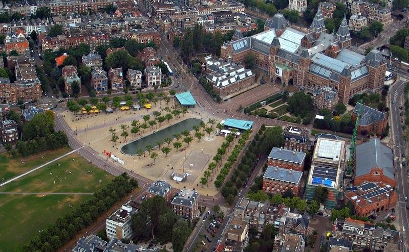 Praça dos Museus em Amsterdã