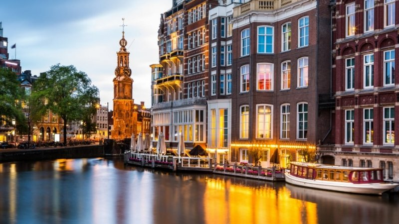 Mala para o verão em Amsterdã