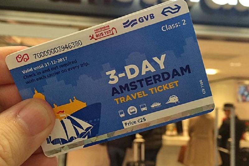 Passe de trem na Holanda